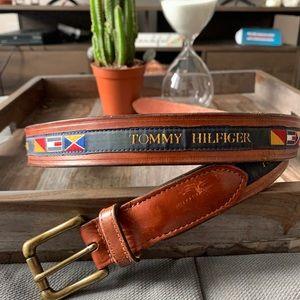 Vintage leather Tommy Hilfiger flag belt 40